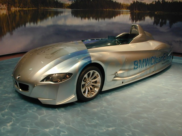 auto entertaintment and lifestyle: 2005 bmw h2r